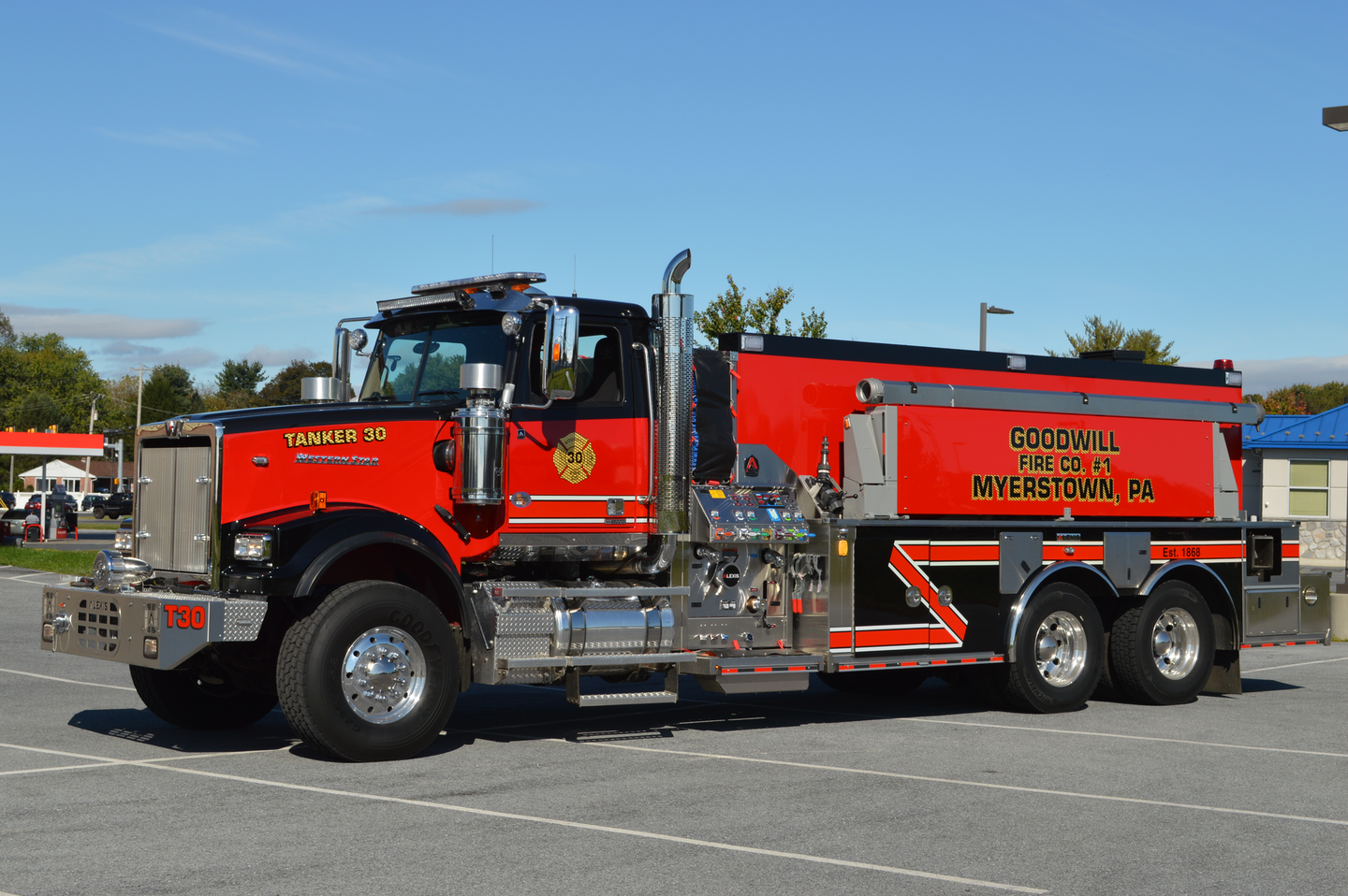 The commercial chassis market depends on platforms that are designed as base models and that have numerous pre-engineered options that can be utilized to meet the customer's needs. The Goodwill Fire Company (Myerstown, PA) specified a Western Star 4900SF tandem-axle chassis for their new tanker. This vehicle is equipped with rear and side quick-dumps.