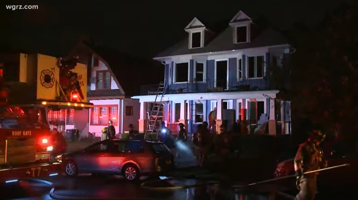 Auto Expo Ny >> Burning House's Collapsing Ceiling Injures NY Firefighter | Firehouse